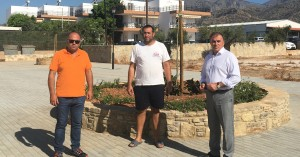 Ο Δήμαρχος Ιεράπετρας στη νέα πλατεία του Κουτσουρά