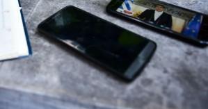 Οδηγίες για το τι να κάνεις προκειμένου να μην σου κλέψουν το τηλέφωνο
