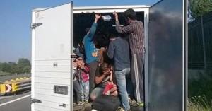 Φρικτός θάνατος: Οκτώ μετανάστες πέθαναν από ασφυξία στη Λιβύη