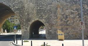Άντρας έπεσε από τα τείχη στο Ηράκλειο - Σοβαρή η κατάστασή του