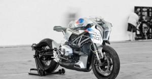 Η φουτουριστική μοτοσικλέτα με το αστείο όνομα