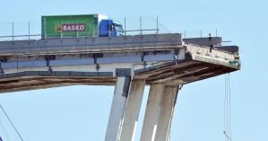 Εθνικό πένθος στην Ιταλία μετά την κατάρρευση της γέφυρας στη Γένοβα