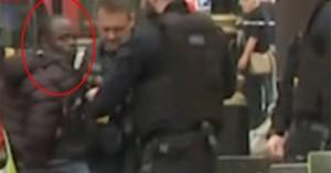 Η αστυνομία αντιμετωπίζει ως τρομοκρατικό περιστατικό το συμβάν στο Λονδίνο