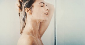 Όλη η αλήθεια για τα μαλλιά μας - Πόσο συχνά πρέπει να τα πλένουμε