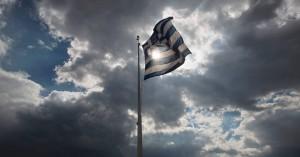 Η ελληνική σημαία και οι αυστηροί κανόνες που πρέπει να τηρούνται