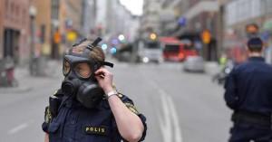 Σουηδία: Ομάδες νέων πυρπόλησαν αυτοκίνητα και προκάλεσαν ταραχές