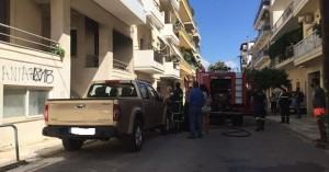 Φωτιά σε διαμέρισμα στη Νέα Χώρα (φωτο)