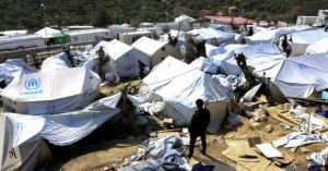 Για τη Βόλβη έφυγαν οι πρώτοι εκατό αιτούντες άσυλο της Μόριας