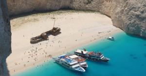 Ζάκυνθος: Άνοιξε σήμερα για τους τουρίστες η παραλία του Ναυαγίου