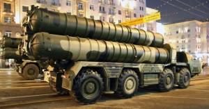 Η Μόσχα θα παραδώσει αντιαεροπορικά συστήματα S-300 στη Δαμασκό