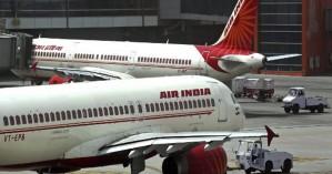 Ινδία: Αεροσυνοδός τραυματίστηκε πέφτοντας από σταματημένο αεροπλάνο