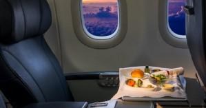 Προσοχή! Αποφεύγετε πάντα το φαγητό του αεροπλάνου