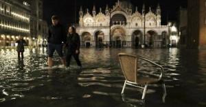 Κίνδυνος να βυθιστούν Βενετία και Νάπολη μέσα στα επόμενα 80 χρόνια