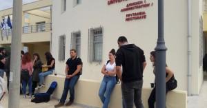 Στο πρυτανικό συμβούλιο οι πυρόπληκτοι φοιτητές για το θέμα της στέγασης