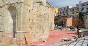 Γιατί άλλαξε χρώμα το δάπεδο στο Γυαλί Τζαμισί (φωτο)