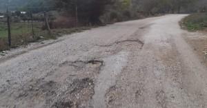 Ένας ακόμη δρόμος που μοιάζει με... γραβιέρα στα Χανιά (φωτο)