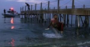 Δύο παιδιά έχασαν τη ζωή τους όταν πλοιάριο με μετανάστες ναυάγησε
