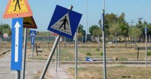 Άγνωστοι προκάλεσαν εκτεταμένες καταστροφές στο πάρκο κυκλοφοριακής αγωγής