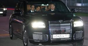 Ο Πούτιν «απογειώνει» τη νέα του λιμουζίνα σε πίστα της F1