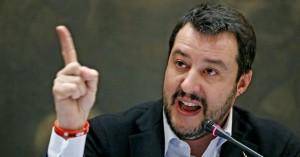 Το τραβάει ο Σαλβίνι: Θα στείλουμε αστυνομικούς στα σύνορα με τη Γαλλία