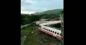 Ταϊβάν: Εκτροχιασμός τρένου με 17 νεκρούς