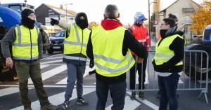 Γαλλία: Νεκρή διαδηλώτρια στις κινητοποιήσεις των «κίτρινων γιλέκων»