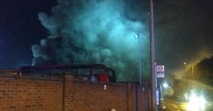 Φωτιά σε σταθμό λεωφορείων στο Λονδίνο