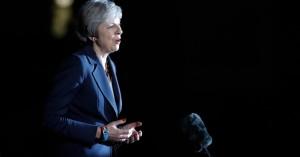 Brexit: Καταρρέει η Μέι - Παραιτήθηκε και τέταρτος υπουργός