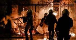 Δίωξη για κακούργημα σε έξι συλληφθέντες για τα επεισόδια στο Πολυτεχνείο