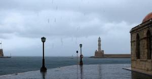 Συνεχίζονται οι βροχές στην Κρήτη - Θυελλώδεις βόρειοι άνεμοι στα δυτικά