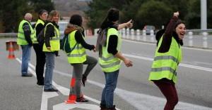 Νεκρός οδηγός στο περιθώριο των κινητοποιήσεων των κίτρινων γιλέκων