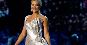 Σάλος με το βίντεο της «Μις Αμερικής» στο διαγωνισμό για την «Μις Υφήλιος»