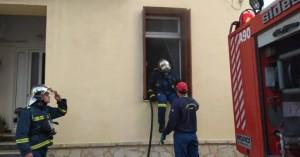 Χανιά:Ο γείτονας ειδοποίησε έγκαιρα την ΠΥ και πρόλαβαν σπίτι απ'το να καεί