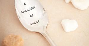 Πριν λουστείς βάλε μία κουταλιά ζάχαρη στο σαμπουάν σου και θα μας θυμηθείς