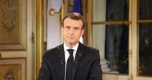 Γαλλία: Με αύξηση μισθού 100 ευρώ «απαντά» ο Μακρόν στα «κίτρινα γιλέκα»