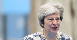 Brexit:Με την πλάτη κολλημένη στον τοίχο η Μέι-«Eκλιπαρεί» για νέα συμφωνία