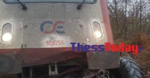 Νεκρός οδηγός τρακτέρ που συγκρούστηκε με τρένο