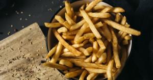 Τηγανητές πατάτες: Δεν φαντάζεστε πόσες μπορείτε να φάτε με ασφάλεια!