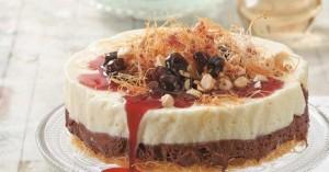 Τούρτα κανταΐφι με παγωτό γιαούρτι-μαστίχα και σοκολάτα