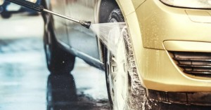 Γιατί είναι απαραίτητο να πλένουμε το αμάξι μας τον χειμώνα