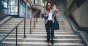 H COSMOTE εμπλουτίζει τις παροχές στα προγράμματα κινητής για επαγγελματίες