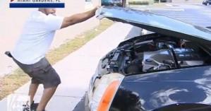 Άνοιξε το καπό του αυτοκινήτου του και έπαθε σοκ από αυτό που είδε