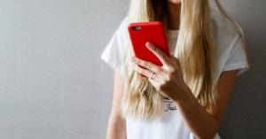 Τι θα αλλάξει στις χρεώσεις των κινητών και σταθερών