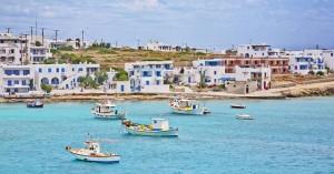 Οι νησιώτες ζητούν την ησυχία τους: «Αφήστε μας στην καραντίνα μας»