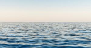 Οι ωκεανοί απορροφούν ενέργεια ίση με μια ατομική βόμβα
