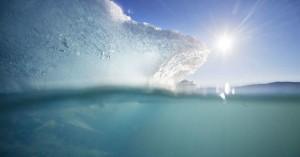 Πιο γρήγορα από ό,τι νόμιζαν οι επιστήμονες λιώνουν οι πάγοι της Γροιλανδία
