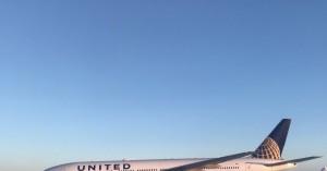 Επιβάτες παρέμειναν αποκλεισμένοι για περισσότερες από 13 ώρες σε αεροπλάνο