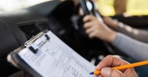 Ομοσπονδία Εκπαιδευτών Οδηγών: Πάνω από 70.000 οι υποψήφιοι περιμένουν