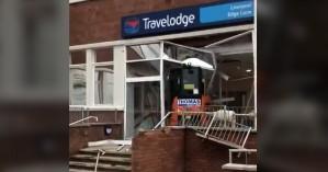 Βρετανία:Κατέστρεψε καινούργιο ξενοδοχείο επειδή δεν πληρώθηκε για εργασίες