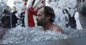 Η απίστευτη ιστορία του ανθρώπου που μένει στον πάγο για δύο ώρες